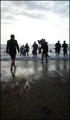 Boxing Day Swims On The Isle of Wight