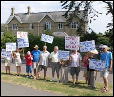 Hazelhurst: Silent Protest to Ombudsman