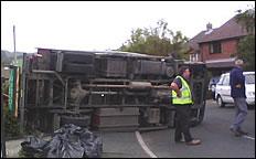 Truck Topple Over In Shorwell